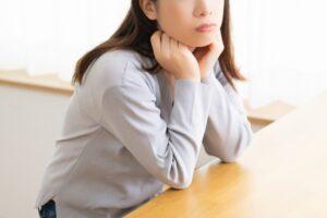 骨盤の歪みは女性特有の悩みと関係がある